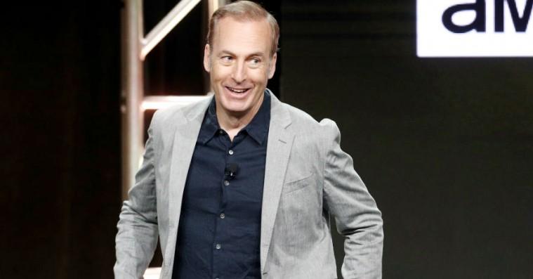 Bob Odenkirk viser sin bare røv – og afslører premieredatoen for 'Better Call Saul' sæson 4