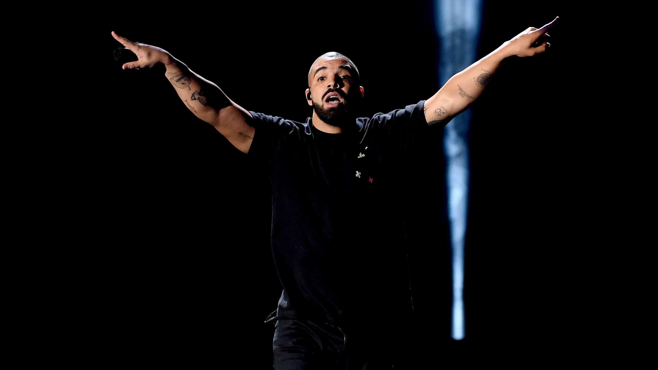 Drakes dobbeltalbum 'Scorpion' bliver reddet af sin r'n'b-side