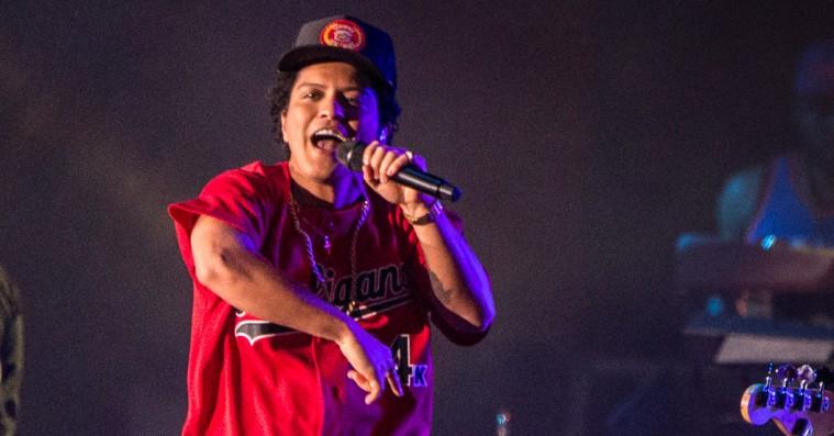 Bruno Mars på Roskilde: Se publikums bedste Instagram-billeder og -videoer fra den fænomenale koncert