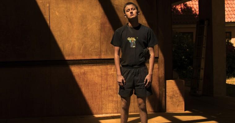 16-årigt filmtalent med klart budskab til vennerne: Vælg kreativitet frem for kriminalitet