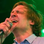 Kompromisløse John Maus forvandlede Roskilde Festival til et galemandsdiskotek