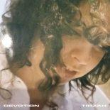 Tirzah synger om følelsesmæssige hårdknuder på dagdrømmende debutalbum - Devotion