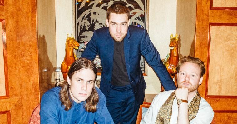 The Entrepreneurs' debutalbum introducerer en ny lyd på næsten hver eneste sang