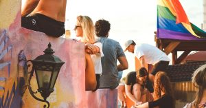 Ugens kulturguide: Kærlighedsfest, egyptisk pop og karaoke
