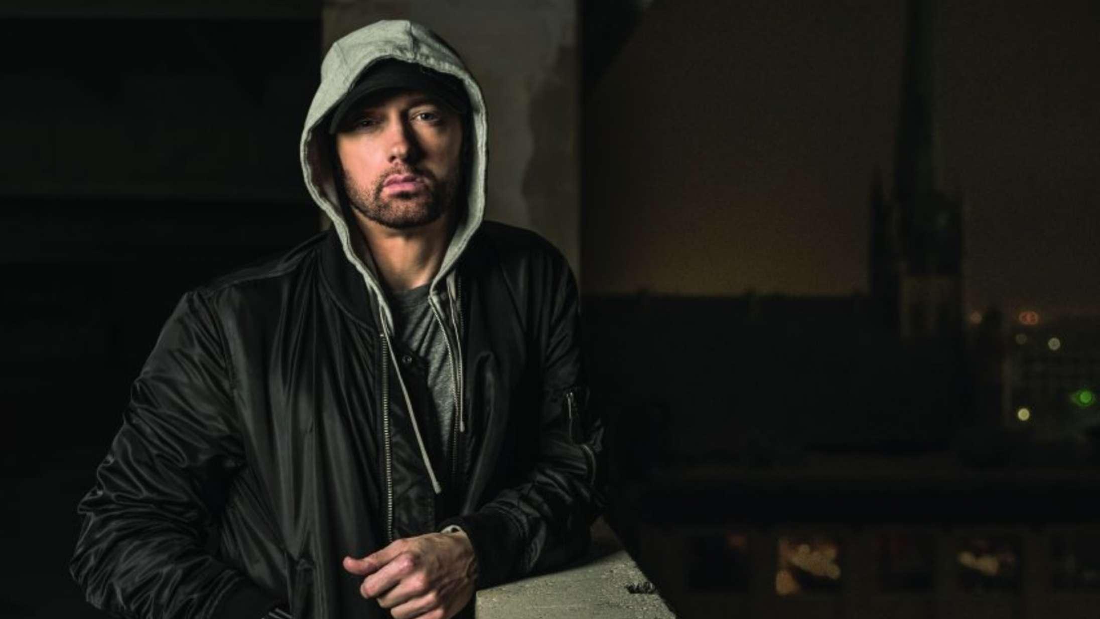 Én sang fra Eminems nye surprise-album viser det bedste ved ham – én anden blotter det værste