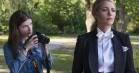 'A Simple Favor': Lyst og legende svar på 'Gone Girl' falder mellem to stole