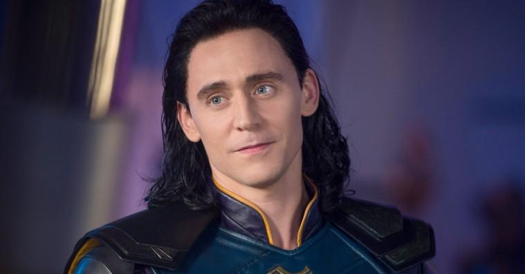 Tom Hiddlestons Loki får sin egen tv-serie på Disneys kommende streamingtjeneste – og det samme gør Elizabeth Olsens Scarlet Witch
