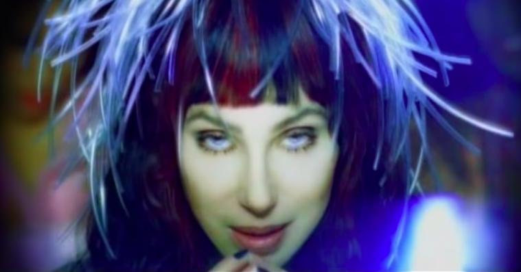Dengang Cher opfandt robotstemmen, som dominerer hiphop i dag