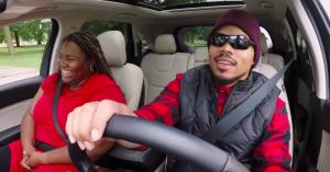Se Chance the Rapper gå undercover som chauffør –diskuterer hiphop med intetanende fans