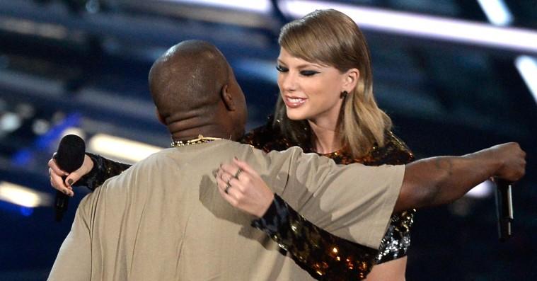 Er Taylor Swifts pludselige wokeness i virkeligheden et skjult diss mod Kanye West?