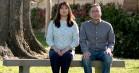'Forever': Amazon-komedie med Maya Rudolph og Fred Armisen knockouter med en overrumplende højre-venstre