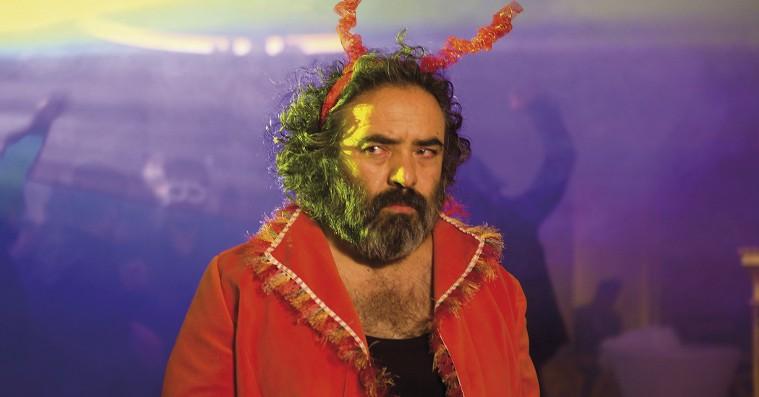 'Pig': Instruktør slår sig selv ihjel i kulsort komedie