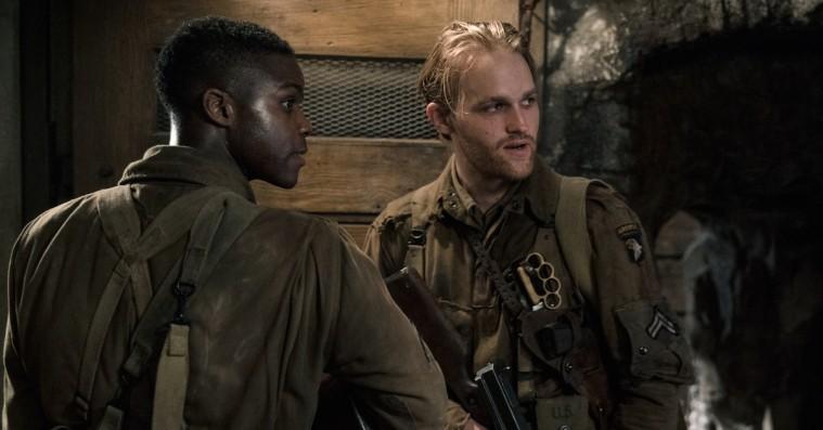'Overlord': Pilou Asbæk har en fest i storslået og stolt krigs- og horror-popcornfilm
