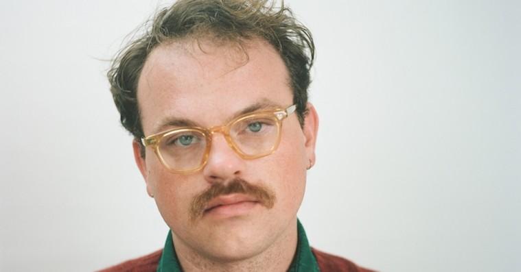 Udstyret med lsd og sorg har Stephen Steinbrink præsteret sit bedste album til dato