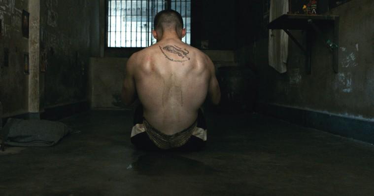 'A Prayer Before Dawn': Sådan er det at være fanget i et thailandsk fængselshelvede