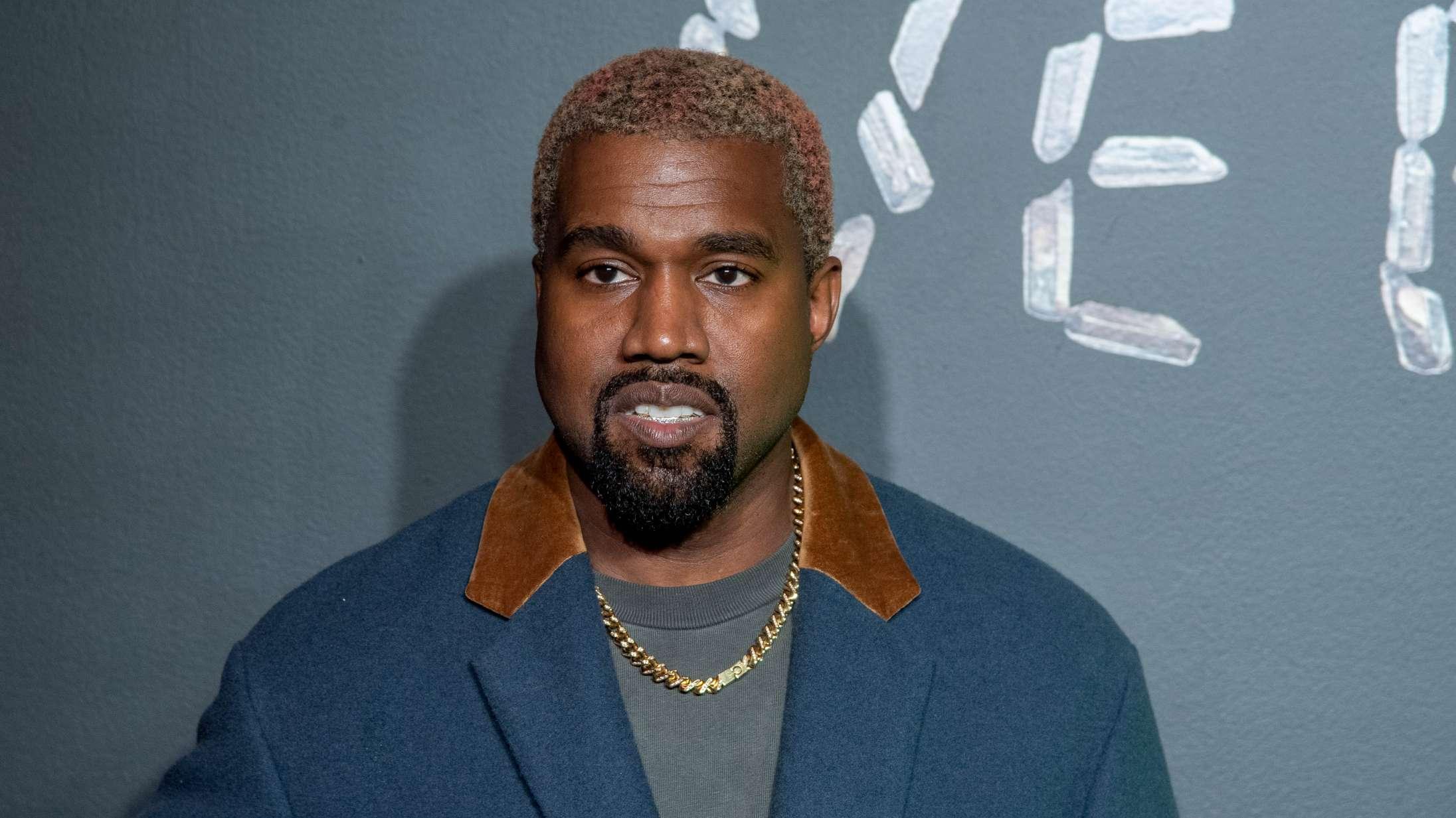 Se videoen til Kanye West nye single med Travis Scott: 'Wash Us in the Blood'