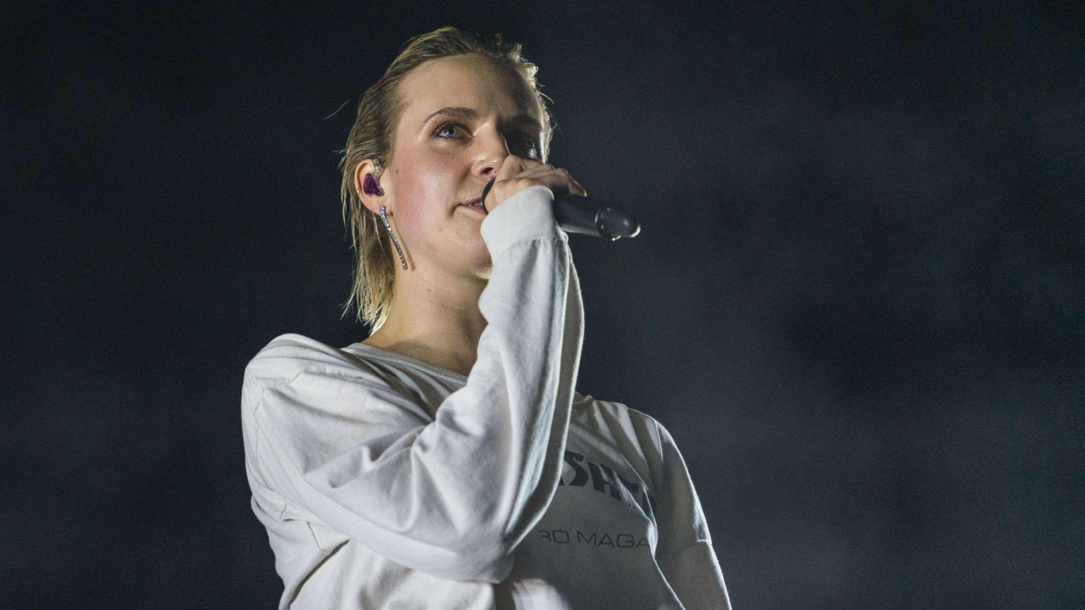 Mø gav koncert for første gang i et år som opvarmning for Goss – se videoerne
