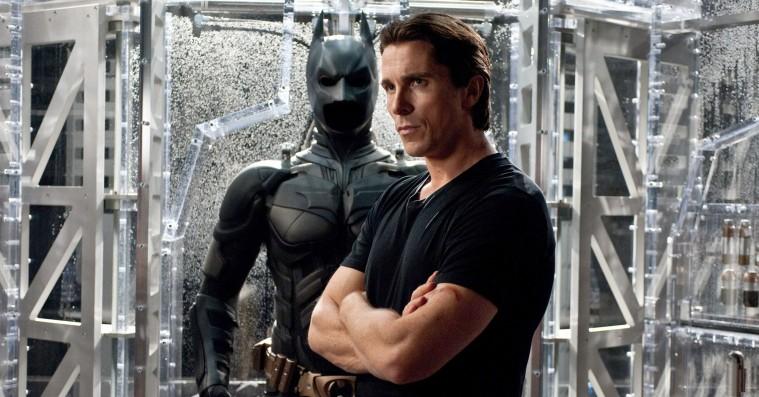 Christian Bale giver Robert Pattinson det ultimative Batman-tip: Rigtige superhelte tisser selv