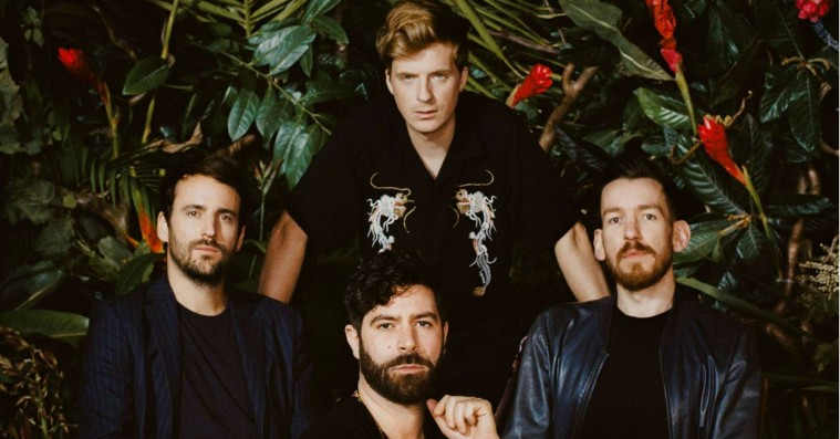 Foals udstikker en mulig ny kurs på 'Everything Not Saved Will Be Lost – Part 1'
