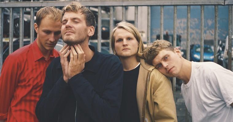Fugleflugtens debutalbum er lyden af et breakup med følelsesmæssige bakker og dale