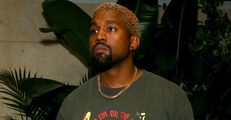 085cb59435d Kanye West sagsøgt af tøjproducent – er det endnu et søm i Yeezy-kisten?