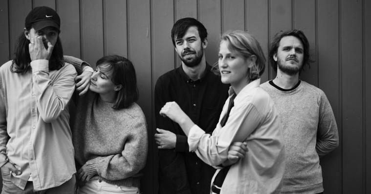 Danske Lowly annoncerer nyt album med frisk single og koncerter