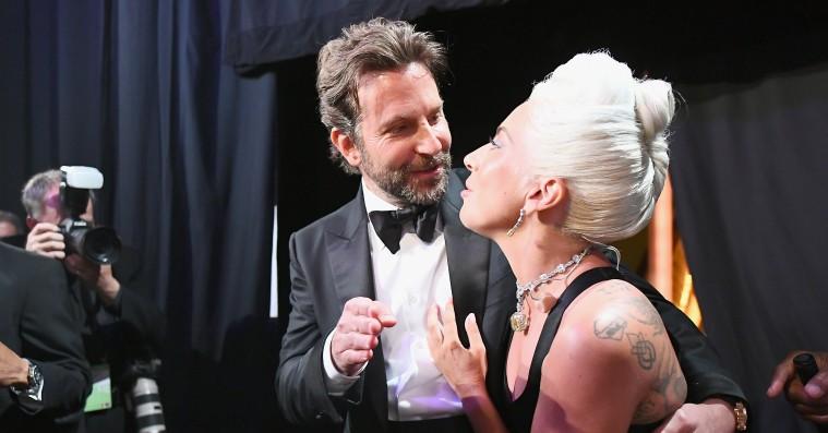 Lady Gaga svarer genialt på rygter om, at hun er gravid med Bradley Coopers barn