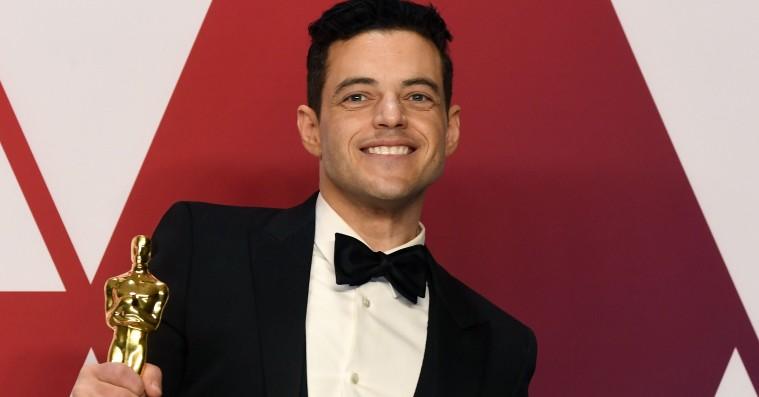 Rami Malek faldt ned fra Oscar-scenen – måtte tilses af læger