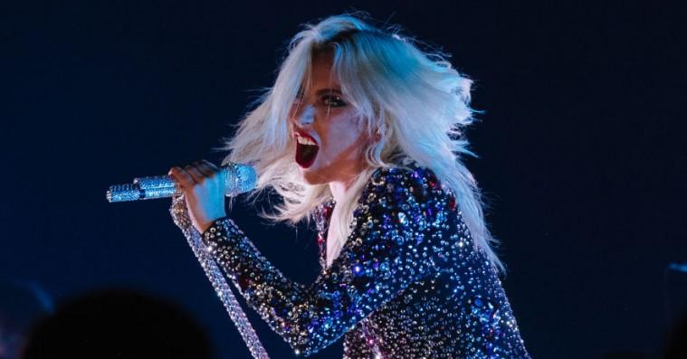 Lady Gaga sprudlede med 'Shallow' til årets Grammy-show