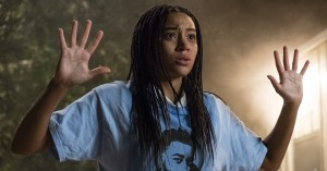 'The Hate U Give': Amandla Stenberg er en urkraft i knyttet filmnæve mod racismen