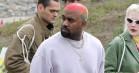 Glem Kanyes farveladehår, det er hans selskab, der er interessant