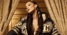 Vi har ikke råd, men Bella Hadid giver os lyst til at købe alt fra Kith x Versace-kollektionen