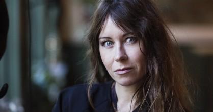 Filminstruktør Anna Odell blottede sig totalt – så Mikael Persbrandt måtte gøre det samme