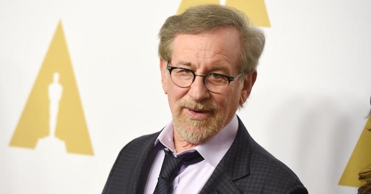 Steven Spielberg skal instruere ny gyserserie, der kun kan ses i mørke