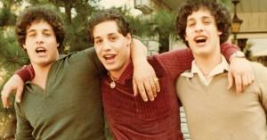'Three Identical Strangers' på CPH:DOX: Trillingefilm overgår selv de vildeste fantasier