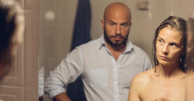 'Til vi falder': Dar Salim er fremragende som sorgramt far i stærk og kold dansk film