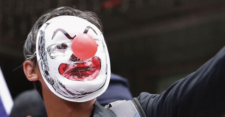 'The Kleptocrats': Storsvindler narrede sig til 3,5 milliarder dollars, finansierede 'The Wolf of Wall Street' og drak vodka med De Niro