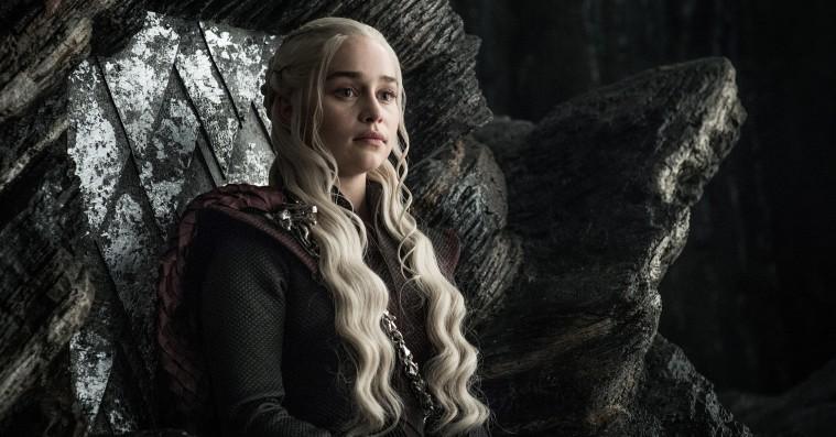 Emilia Clarke teaser episk 'Game of Thrones'-slag: Afsnit 5 er »endnu større end 'Battle of Winterfell'«