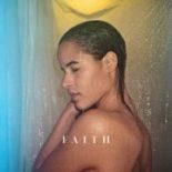 Med debutalbummet 'Faith' er det tydeligt, at Anya gerne vil være popstjerne - Faith