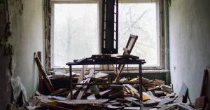 Anastasias mor var voldelig og psykisk syg: »Vi boede i en losseplads« – læs hendes historie