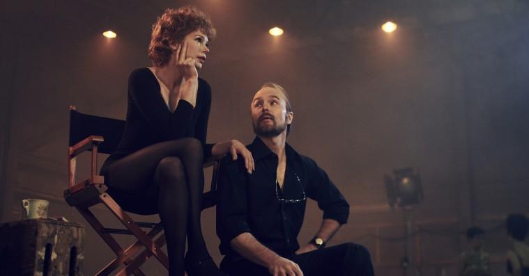 'Fosse/Verdon': Stjernespækket HBO Nordic-aktuel serie er musikalsk ekstravagant