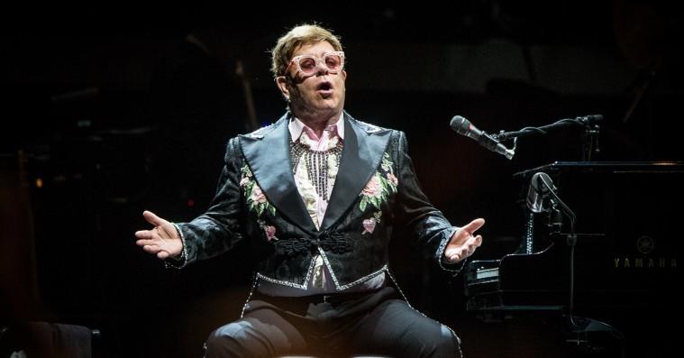 Elton John sagde passioneret og værdigt farvel i Royal Arena