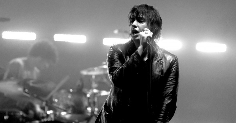 The Strokes løfter sløret for nyt nummer: 'The Adults Are Talking'