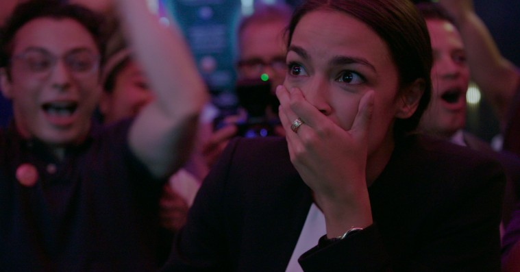 'Knock Down the House': Netflix-dokumentar om politisk superstjerne er enten genial eller svineheldig