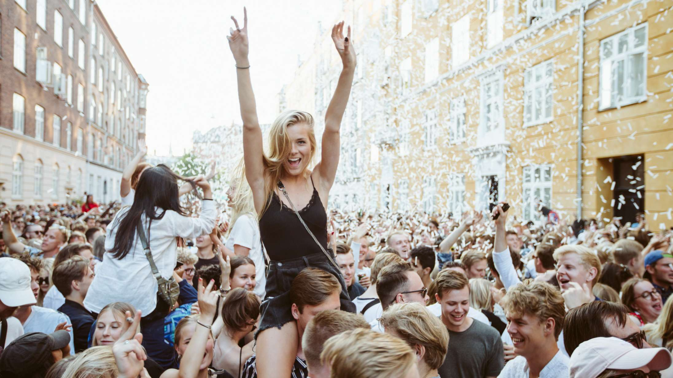 Distortion annoncerer store ændringer i gadefesterne: De store musikscener rykkes til lukkede betalingszoner