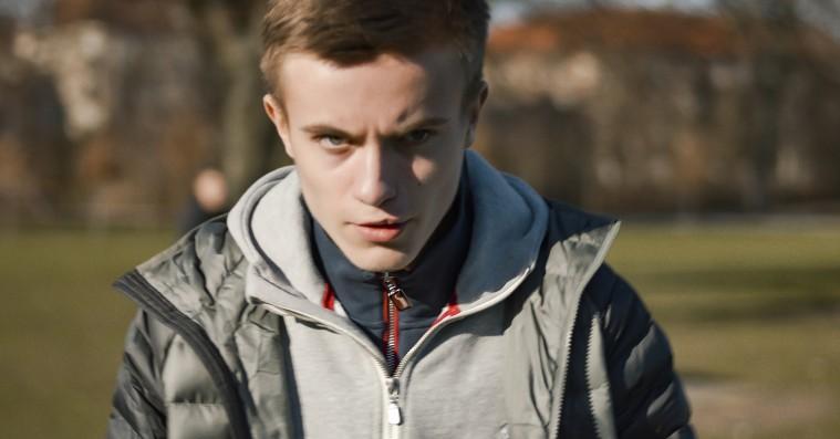 To nye danske film sætter spot på unge vrede mænd, der kigger på unge vrede mænd