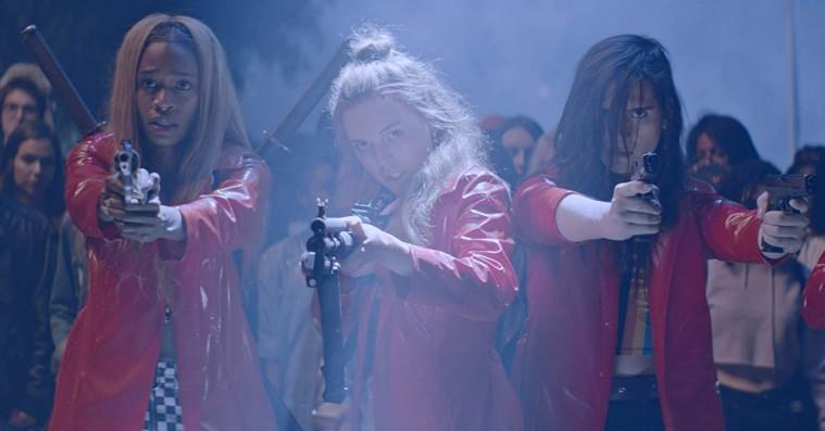 'Assassination Nation': Hævngerrige kvinder stikker en shotgun i fjæset på 4chan-trolls i satirisk besætterfilm