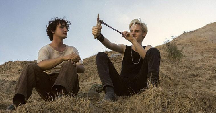 'Lazzaro den lykkelige': Cannes-vinder er en både tidløs og påtrængende fabel om den betingelsesløse godhed