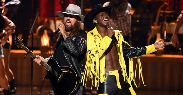 Lil Nas X og Billy Ray Cyrus indtog BET Awards til hest og fik alle med på 'Old Town Road'