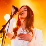 Weyes Blood var svært vemodig og boblende let på Roskilde Festival